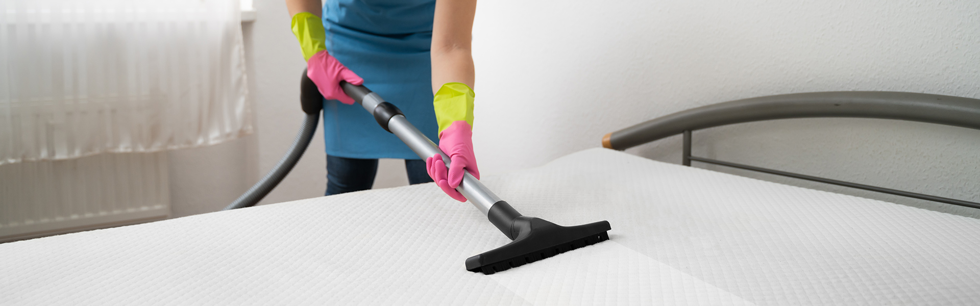 Cleaning Your UrbanBed Mattress in 8 Steps